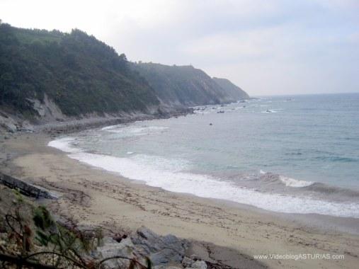 Playa de Oleiros: Vistas zona oeste, desde camino acceso
