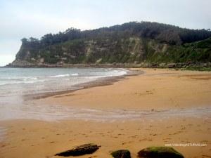 Playa España en Villaviciosa: Orilla en marea baja
