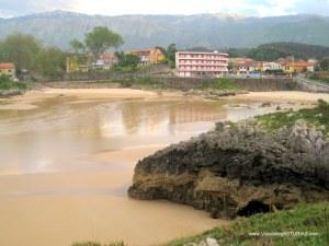Playas de Celorio, Llanes: Las Cámaras