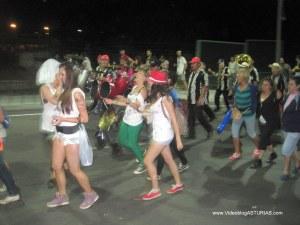 Carmin Pola Siero 2012: Desfile regreso con charangas