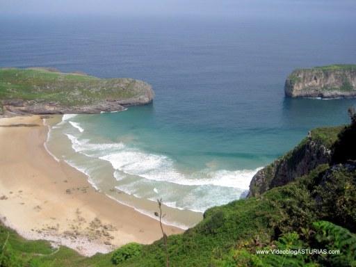 Playa de  Ballota en Llanes: Vistas
