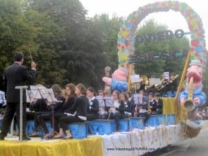 Dia America en Asturias 2012 Oviedo: Oviedo es musica