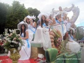 Dia America en Asturias 2012 Oviedo: Reinas de Oviedo y Centro Asturiano