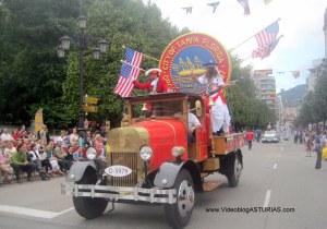 Dia America en Asturias 2012 Oviedo: Tampa con Coche Bomberos 1920