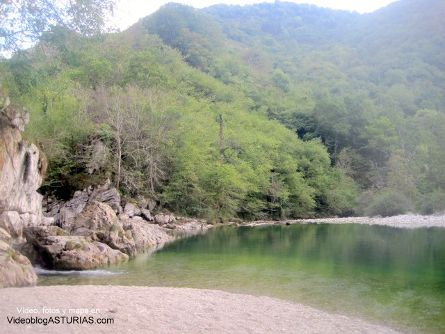 Hoya San Vicente, rio Dobra