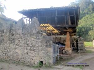 Bueño (Ribera de Arriba) pueblo ejemplar Asturias 2012: Panera
